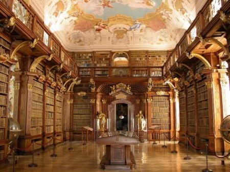 800px-Melk_-_Abbey_-_Library-565x423